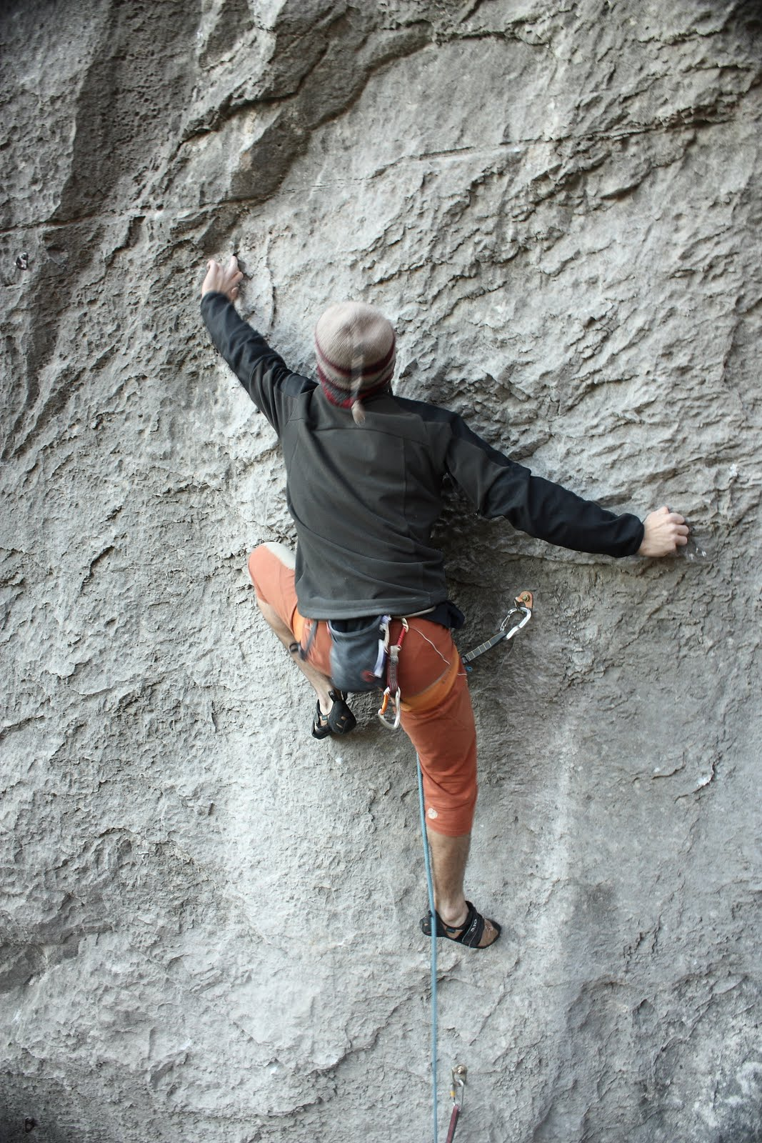 Andrei Preda in the crux of Hai sa fim high - 8a