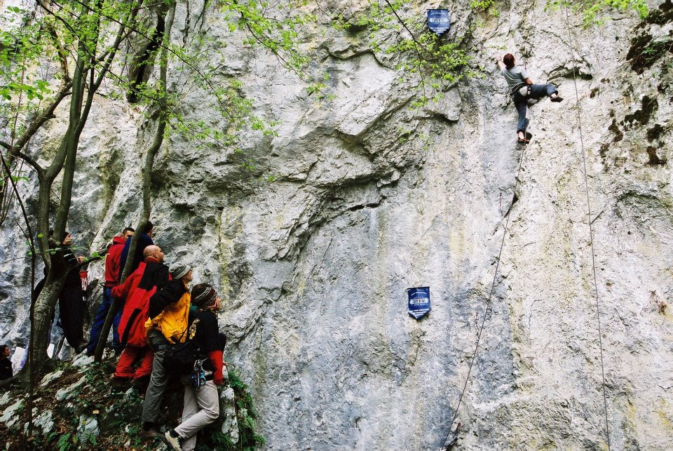 Climbing in Pecinisca Sector
